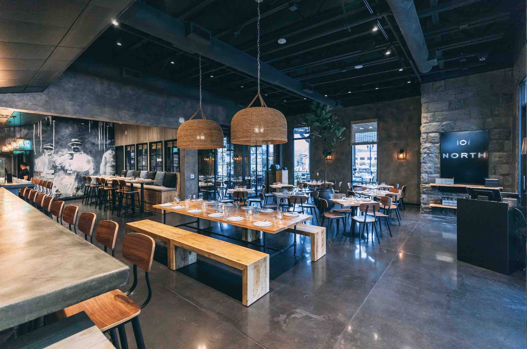 101 North Eatery and Bar interiro shot of one of the best Westlake VIllage restaurants