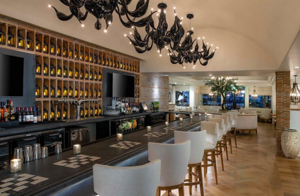 Mediterraneo Interior Bar and counter Westlake Village
